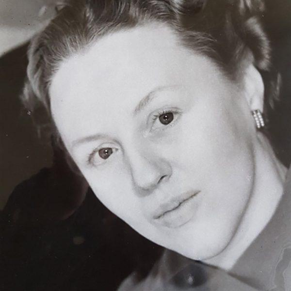 Antonia White - from the Asylum to Freud